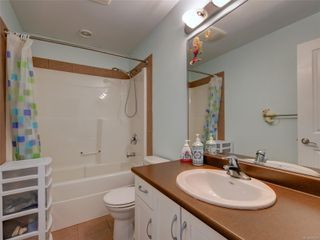 Photo 16: 886 Isabell Ave in : La Walfred Row/Townhouse for sale (Langford)  : MLS®# 859022