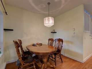 Photo 8: 886 Isabell Ave in : La Walfred Row/Townhouse for sale (Langford)  : MLS®# 859022