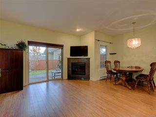Photo 5: 886 Isabell Ave in : La Walfred Row/Townhouse for sale (Langford)  : MLS®# 859022