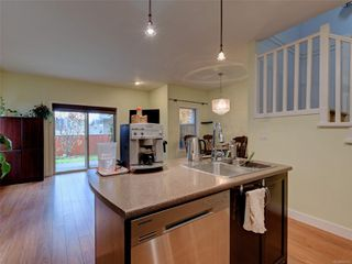 Photo 4: 886 Isabell Ave in : La Walfred Row/Townhouse for sale (Langford)  : MLS®# 859022