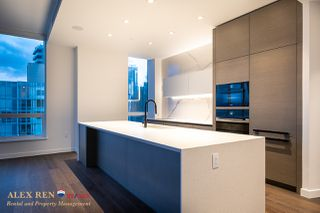 Photo 13: 620 Cardero Street in Vancouver: Coal Harbour Condo for rent : MLS®# AR141