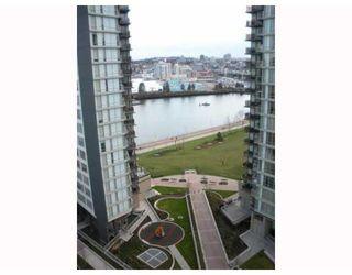 Photo 3: # 1605 33 SMITHE ST in Vancouver: Condo for sale : MLS®# V813723