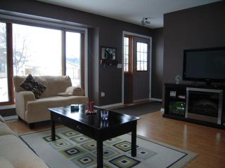 Photo 3: 16 Polydore RD in Winnipeg: Residential for sale (South East Winnipeg)  : MLS®# 1101821