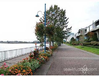 "Photo 8: 205 31 RELIANCE Court in New_Westminster: Quay Condo for sale in ""Quaywest"" (New Westminster)  : MLS®# V690335"