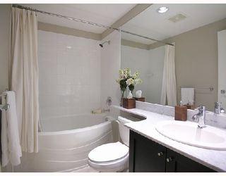 """Photo 8: 1103 1001 HOMER Street in Vancouver: Downtown VW Condo for sale in """"THE BENTLEY"""" (Vancouver West)  : MLS®# V699236"""