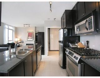 """Photo 5: 1103 1001 HOMER Street in Vancouver: Downtown VW Condo for sale in """"THE BENTLEY"""" (Vancouver West)  : MLS®# V699236"""