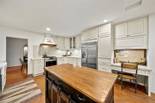 Photo 3: MISSION HILLS House for sale : 3 bedrooms : 1660 Neale St in San Diego