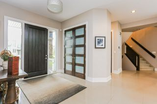 Photo 4: 45 WINDERMERE Drive in Edmonton: Zone 56 House for sale : MLS®# E4173011