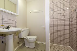 Photo 19: 11215/11217 93 Street in Edmonton: Zone 05 House Duplex for sale : MLS®# E4176104