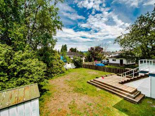Photo 19: 5329 WOODSWORTH Street in Burnaby: Central BN House for sale (Burnaby North)  : MLS®# R2455225