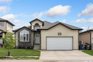 Photo 1: 446 Stensrud Road in Saskatoon: Willowgrove Residential for sale : MLS®# SK811176