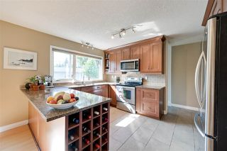 Photo 8: 12107 ASPEN Drive W in Edmonton: Zone 16 House for sale : MLS®# E4210250