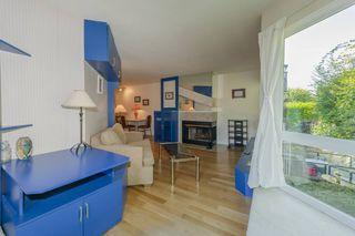 """Photo 8: 204 2110 CORNWALL Avenue in Vancouver: Kitsilano Condo for sale in """"SEAGATE VILLA"""" (Vancouver West)  : MLS®# R2489101"""