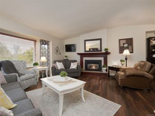 Photo 4: 9496 Eastbrook Dr in : Si Sidney South-West House for sale (Sidney)  : MLS®# 855088