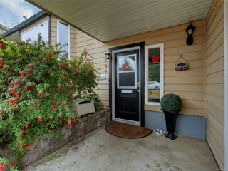 Photo 2: 9496 Eastbrook Dr in : Si Sidney South-West House for sale (Sidney)  : MLS®# 855088