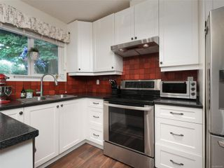 Photo 11: 9496 Eastbrook Dr in : Si Sidney South-West House for sale (Sidney)  : MLS®# 855088