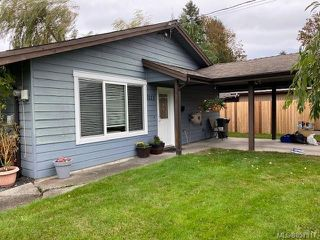 Photo 2: 2111 Albea Rd in : CR Willow Point House for sale (Campbell River)  : MLS®# 857917