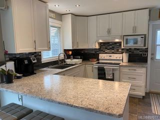 Photo 9: 2111 Albea Rd in : CR Willow Point House for sale (Campbell River)  : MLS®# 857917