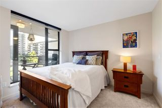 """Photo 14: 302 683 W VICTORIA Park in North Vancouver: Lower Lonsdale Condo for sale in """"Mira On The Park"""" : MLS®# R2509534"""
