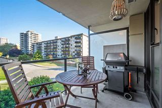 """Photo 5: 302 683 W VICTORIA Park in North Vancouver: Lower Lonsdale Condo for sale in """"Mira On The Park"""" : MLS®# R2509534"""
