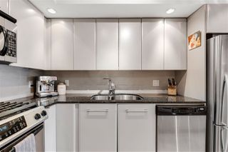 """Photo 10: 302 683 W VICTORIA Park in North Vancouver: Lower Lonsdale Condo for sale in """"Mira On The Park"""" : MLS®# R2509534"""