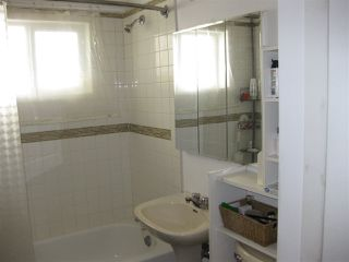Photo 6: 8755 92A Avenue in Edmonton: Zone 18 House for sale : MLS®# E4221392