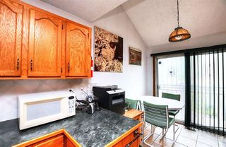 Photo 7: 2926 Parkdale Boulevard NW in Calgary: Parkdale Detached for sale : MLS®# A1052015