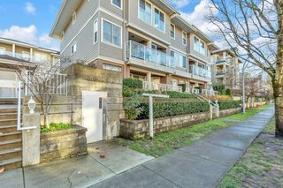 """Photo 3: 112 2432 WELCHER Avenue in Port Coquitlam: Central Pt Coquitlam Townhouse for sale in """"GARDENIA"""" : MLS®# R2521605"""