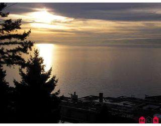 Photo 9: White Rock - 15110 ROYAL AV: White Rock House for sale (White Rock & District)  : MLS®# Ocean View - White Rock