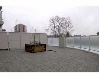 """Photo 10: 3811 HASTINGS Street in Burnaby: Vancouver Heights Condo for sale in """"MONDEO"""" (Burnaby North)  : MLS®# V637847"""