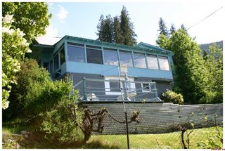 Photo 4: 16 Bruhn Road in Sicamous: Waterfront Residential Detached for sale : MLS®# 10002556