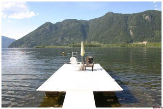 Photo 8: 16 Bruhn Road in Sicamous: Waterfront Residential Detached for sale : MLS®# 10002556