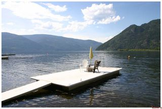 Photo 9: 16 Bruhn Road in Sicamous: Waterfront Residential Detached for sale : MLS®# 10002556