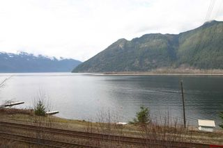 Photo 21: 16 Bruhn Road in Sicamous: Waterfront Residential Detached for sale : MLS®# 10002556
