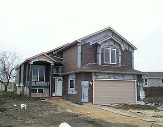 Main Photo: 31 ARROWHEAD Court in WINNIPEG: West Kildonan / Garden City Single Family Detached for sale (North West Winnipeg)  : MLS®# 2707077