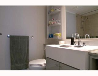 """Photo 6: 703 1438 RICHARDS Street in Vancouver: False Creek North Condo for sale in """"AZURA I"""" (Vancouver West)  : MLS®# V646445"""