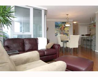 """Photo 4: 703 1438 RICHARDS Street in Vancouver: False Creek North Condo for sale in """"AZURA I"""" (Vancouver West)  : MLS®# V646445"""