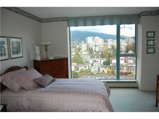 "Photo 5: # 2403 120 W 2ND ST in North Vancouver: Lower Lonsdale Condo for sale in ""OBSERVATORY"" : MLS®# V857068"