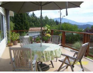 Photo 2: 717 CRUCIL Road in Gibsons: Gibsons & Area House for sale (Sunshine Coast)  : MLS®# V665835
