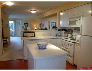 "Photo 3: 108 15210 PACIFIC Avenue in White_Rock: White Rock Condo for sale in ""OCEAN RIDGE"" (South Surrey White Rock)  : MLS®# F2802742"