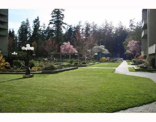 "Photo 2: 1408 4200 MAYBERRY Street in Burnaby: Metrotown Condo for sale in ""TIMES SQUARE"" (Burnaby South)  : MLS®# V703627"