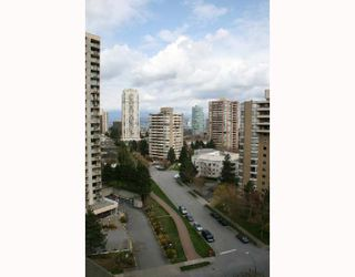 "Photo 7: 1408 4200 MAYBERRY Street in Burnaby: Metrotown Condo for sale in ""TIMES SQUARE"" (Burnaby South)  : MLS®# V703627"