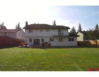 Photo 8: 18251 59A Ave in Surrey: Cloverdale BC House for sale (Cloverdale)  : MLS®# F2622326