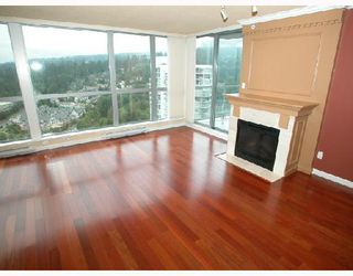 Photo 4: 2202 295 GUILDFORD Way in Port_Moody: North Shore Pt Moody Condo for sale (Port Moody)  : MLS®# V633410