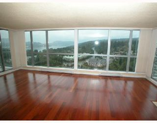 Photo 3: 2202 295 GUILDFORD Way in Port_Moody: North Shore Pt Moody Condo for sale (Port Moody)  : MLS®# V633410