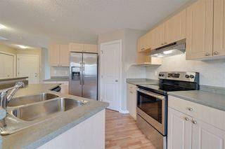 Photo 9: 2341 29A Avenue in Edmonton: Zone 30 House for sale : MLS®# E4180062