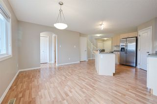 Photo 11: 2341 29A Avenue in Edmonton: Zone 30 House for sale : MLS®# E4180062