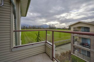 """Photo 18: 406 45520 KNIGHT Road in Sardis: Sardis West Vedder Rd Condo for sale in """"Morningside"""" : MLS®# R2439105"""