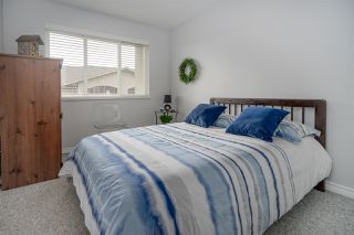 """Photo 15: 406 45520 KNIGHT Road in Sardis: Sardis West Vedder Rd Condo for sale in """"Morningside"""" : MLS®# R2439105"""