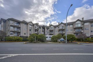 """Photo 1: 406 45520 KNIGHT Road in Sardis: Sardis West Vedder Rd Condo for sale in """"Morningside"""" : MLS®# R2439105"""